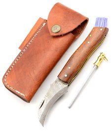 Exkluzívny hubársky nôž damaškový ručne robený.