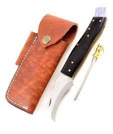 Exkluzívny hubársky nôž s byvolím rohom ručne robený.